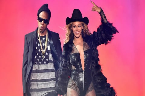 Beyoncé and Jay-Z Display Mutual Love as The Run II tour opens in Cardiff