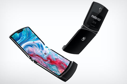 Motorola Presented a New Phone – The RAZR